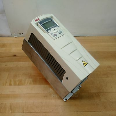 ABB ACS550-U1-08A8-4 Low Vcoltage AC Drive, 5 HP 4KW 380-480VAC 8.8 Amps - USED