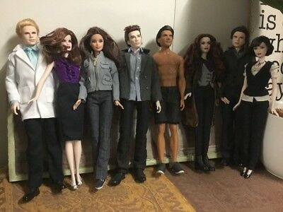 TWILIGHT DOLLS Set Of 8