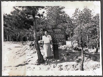Vintage 1940's Mount Rushmore National Monument Lady Old Roadside Sign Photo