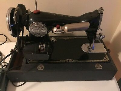 Vintage Electric Sewing Machine Deluxe Precision Modernage with Foot Pedal