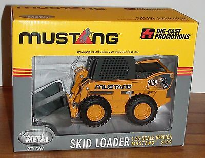 Bobcat Mustang 2109 Loader Scale 1/25 New