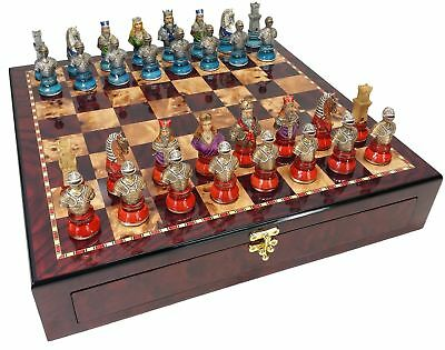 """MEDIEVAL TIMES CRUSADES LARGE BUSTS CHESS SET W/ 20"""" Cherry Color STORAGE BOARD"""