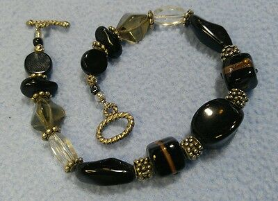 "Classic Black Glass Beads and Black w/Gold Toggle Bracelet~9 1/2"" long"