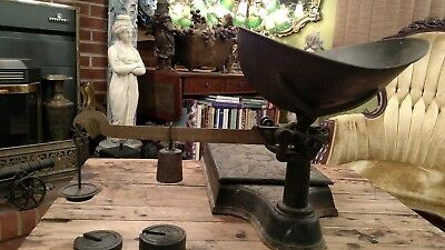 Antique Cast Iron Country Store Platform Scale W/metal Pan And Weights