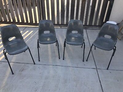 Vintage Krueger Metal Products Gray Fiberglass Shell Chairs Stacking Set Of 4