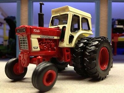 1971 International 1466 Series Tractor With Dual Rear Wheels Diecast Scale 1/64