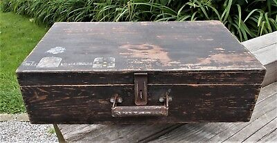 Vintage wooden suitcase, storage box, old French tool box, shabby chic
