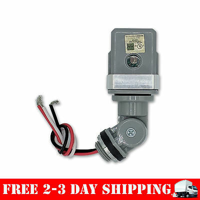 LED Compatible Heavy Duty 120V Dusk To Dawn Outdoor Swivel Photo Control With