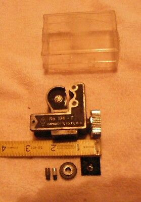 """Imperial Eastman No 174-F Tube Cutter 3/8"""" -1 1/8"""" spare wheel included Vintage"""