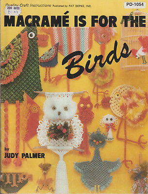 Craft Book #PD1044 What in the Macrame is it? Photos /& Instructions
