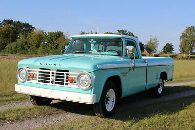 1966 Dodge d200 Sweptline 318 cui