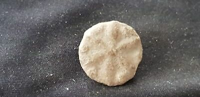 Very rare supurb little medieval lead alloy seal found in England in 1976 L83n