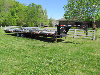 2006 30 foot Tandem Axle Flatbed Gooseneck Equipment Trailer hotshot 14000 pound