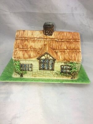 VINTAGE 1930 BESWICK WARE COTTAGE CHEESE/BUTTER DISH. Made in England. #273.