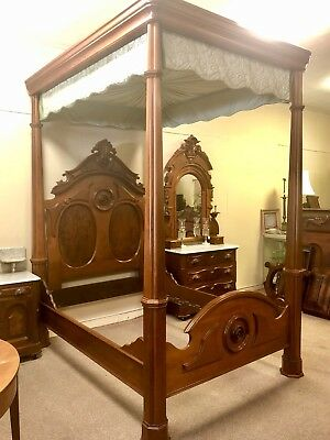 American Rococo Full Tester Bed with Coordinating Dresser & Washstand