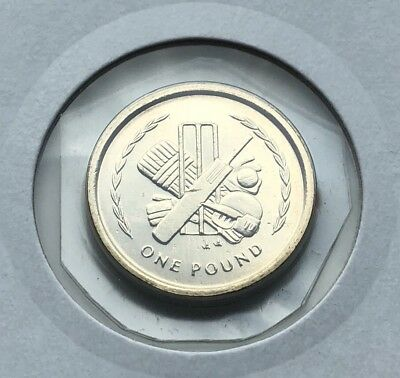 Lovely Isle of Man  ''Cricket'' Uncirculated 1996 £1 One Pound Coin Unc IOM