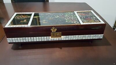 Large Vintage Oriental Lacquered Musical Jewellery Box
