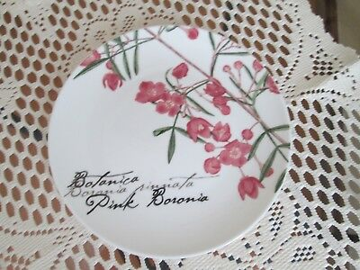 Maxwell & Williams Boronia bread and butter plate.