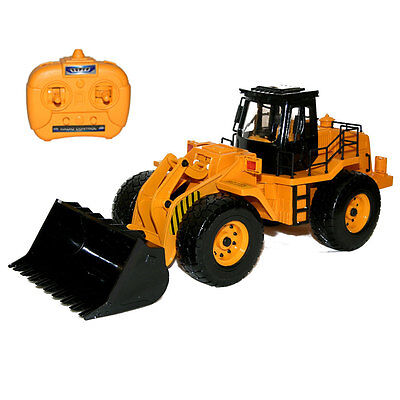 "15.3"" Scepter Scraper Remote Control RC Construction Truck Bulldozer NEW IN BOX"