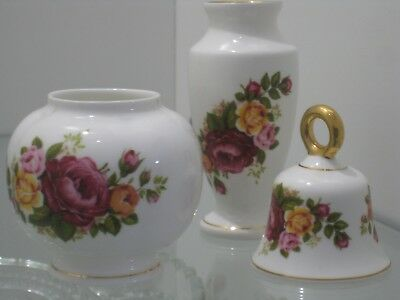 """""""ashleydale"""" 2 X Vases And Bell Set Made In England"""