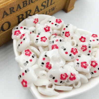 100PCS Red HelloKitty Plastic Buttons Children's Clothing Accessories PT187