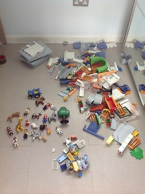PLAYMOBIL: MIXED LOT 6.6kg (Building parts and figures)