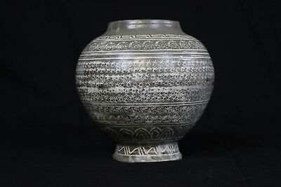 2 Korean ceramics