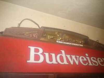 VINTAGE BUDWEISER RED Hanging Pool Table Light With Clydesdale - Budweiser clydesdale pool table light