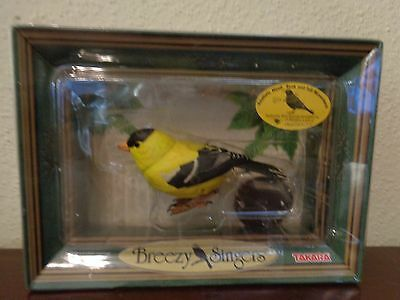 Takara Breezy Singers American Goldfinch Bird Animated & Sound 2003 WB