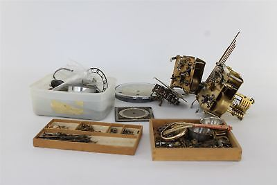 Lot of Vintage Clock Movements & Spare Parts SPARES & REPAIRS 8154g