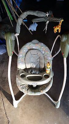 Graco Infant Swing (Local Pickup Only)