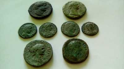 Beautiful Lot Of 8 Ancient Bronze Roman Coins Unclenaed