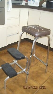 Step Stool-Vintage-Frame In Ex Cond-Handy Man/ Woman To Replace Seat Covering