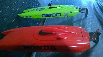 R/C Boat Miss Geico Pro Boat x 2 Off Shore Racing