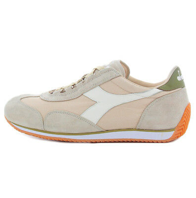 Diadora Heritage Equipe Stone Wash 12 sneaker in beige and green for men  Diadora 49c78f8c77e
