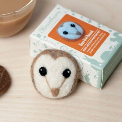 OWL needle felt a brooch kit with instructions