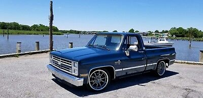 1987 Chevrolet C-10  1987 Chevy C-10 Rare Blue with Ridetech suspension