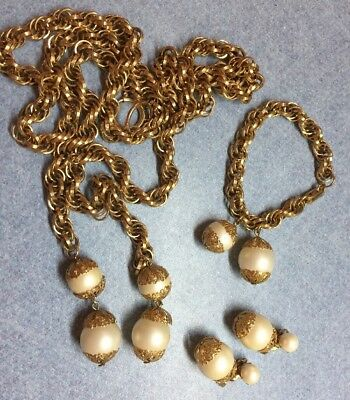 VINTAGE Chain GOLD TONE Filigree Parure WITH opalescent white beads