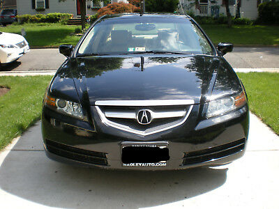 2006 Acura TL  Acura TL W/Navigation & DVD player