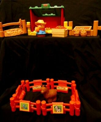 Fisher Price Little People Farmer's produce stall and animal pen