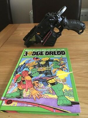 Judge Dredd Annual 1982 and replica Judges weapon based on nerf gun