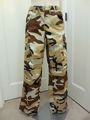 NEW PJ LADY 1994 Junior Sz Large Camo Cargo Pants Stretch $34.95 150-3