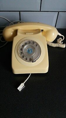 Retro 1981 Telephone