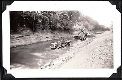 Vintage Photograph 1936 Caterpillar Tractor Windsor Locks Connecticut Old Photo
