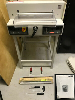 Triumph 4215 Electronic Cutter with Digital Display and Stand