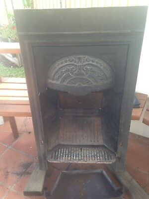 Antique Cast Iron Fireplace 970 By 560 With complete Hardwood Mantle And Jambs