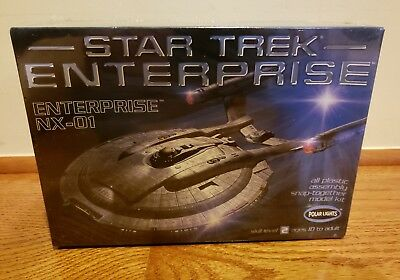Toys & Hobbies Polar Lights 1:1000 Star Trek TOS Enterprise