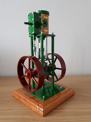 Model Vertical Steam Engine