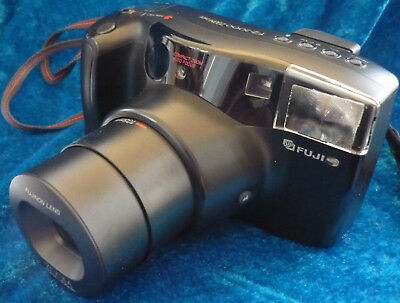 Fuji FZ 2000 compact 35 mm film camera with a built in 40-105 mm zoom lens
