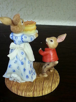 Royal Doulton resin mrs bunnykins and william FREE P&P ltd edn Excellent Cond